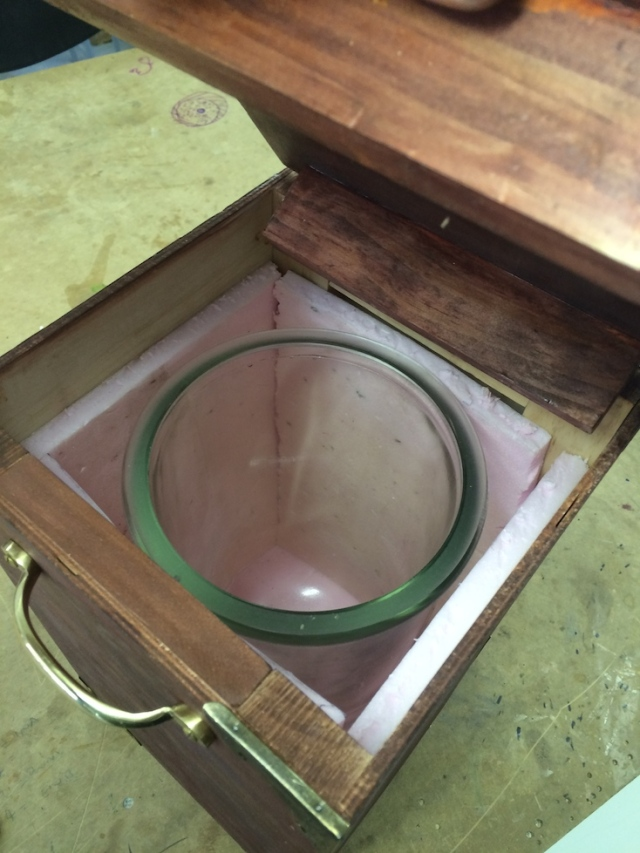 Inside view of bell jar and styrene of travelling case